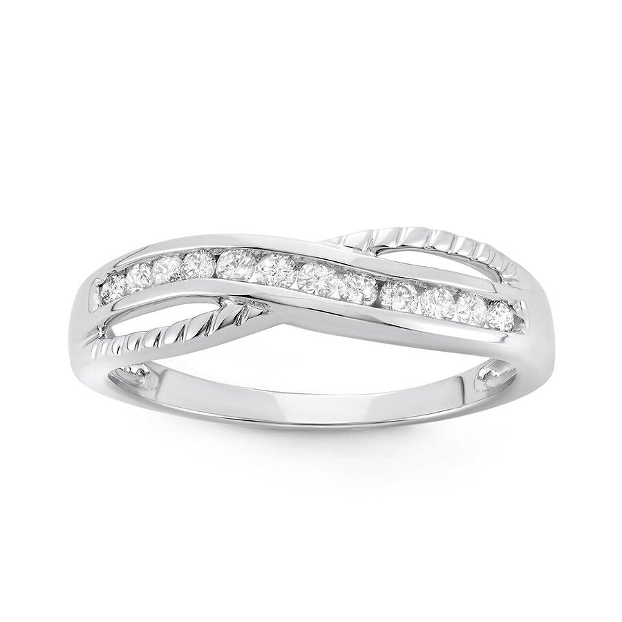 how to clean your white gold diamond ring at home