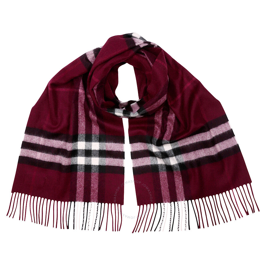 burberry scarf outlet 42k6  Burberry Classic Cashmere Scarf in Check
