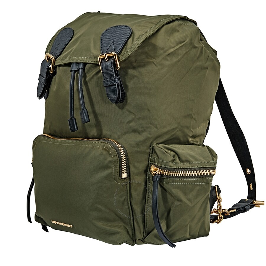 a84a9f65eb31 Burberry Large Rucksack in Technical Nylon and Leather- Canvas Green ...