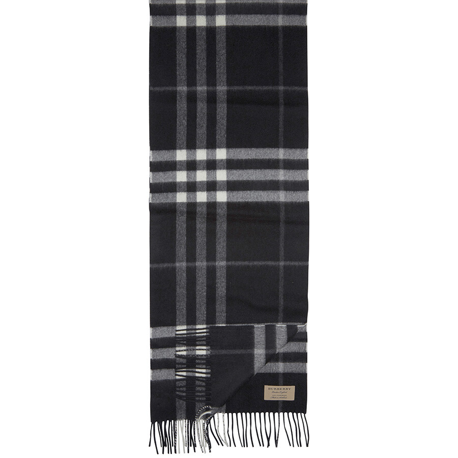 f536abeb5ee36 Burberry The Classic Cashmere Scarf - Black Check - Apparel ...