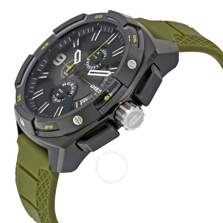 Центральная секундная стрелка таких часов обычно используется как секундная стрелка секундомера.