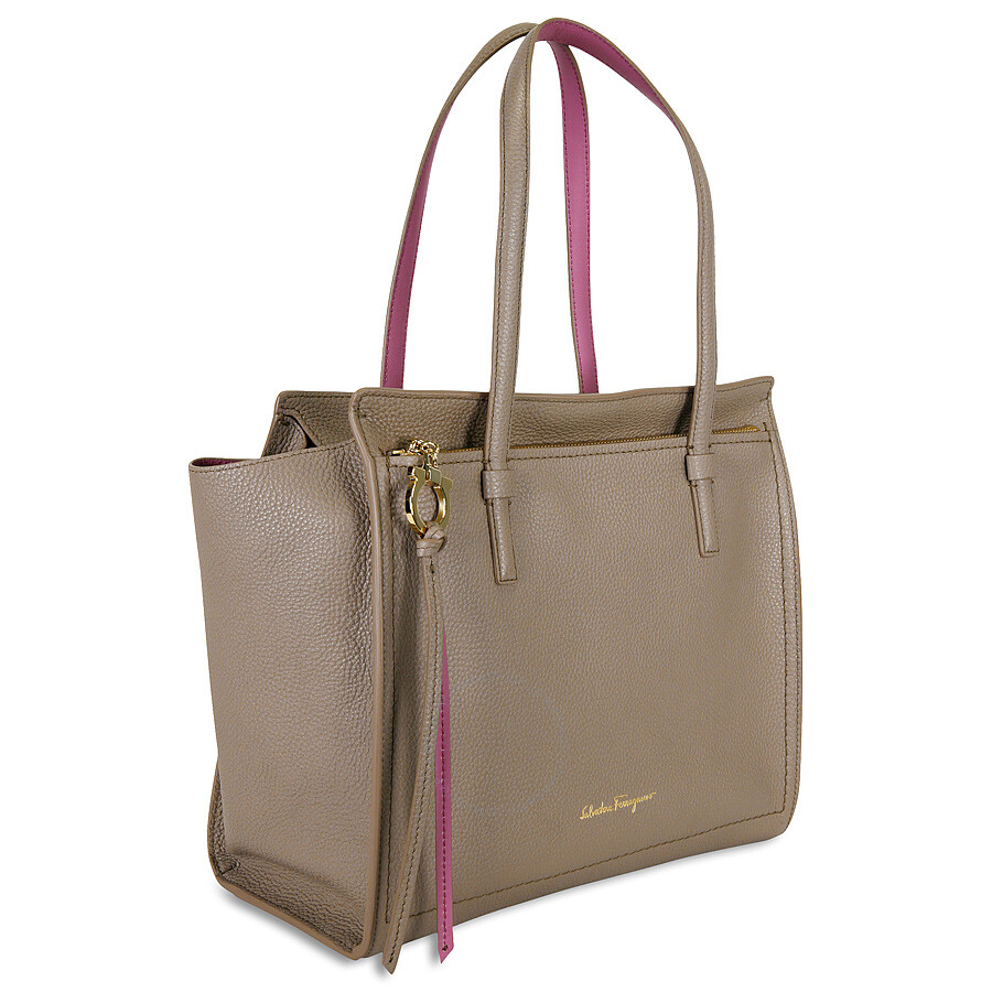 Ferragamo Amy Leather Tote- Pink - Salvatore Ferragamo - Handbags ... c7b200c07f322
