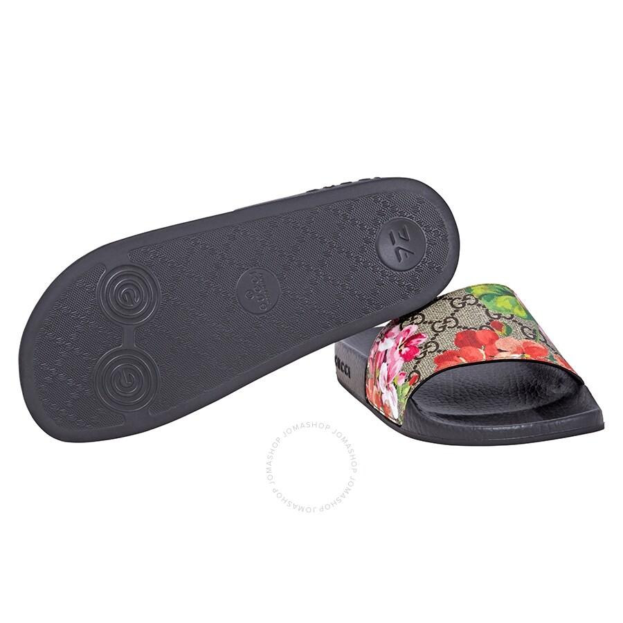 9de069e54cc Gucci GG Blooms Supreme Slide Sandal- 37 - Shoes - Fashion   Apparel ...
