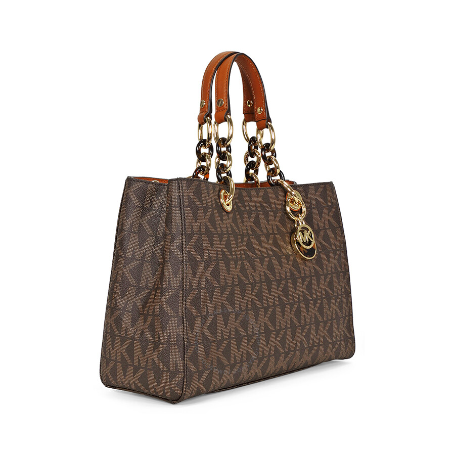 Michael Kors. Established in by American designer Michael Kors, the Michael Kors brand is known for their collection of stylish handbags, shoes and accessories.
