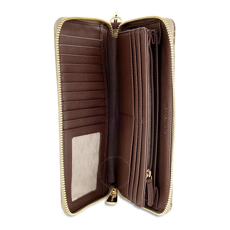 michael kors jet set travel continental pvc wallet beige and mocha jet set michael kors. Black Bedroom Furniture Sets. Home Design Ideas