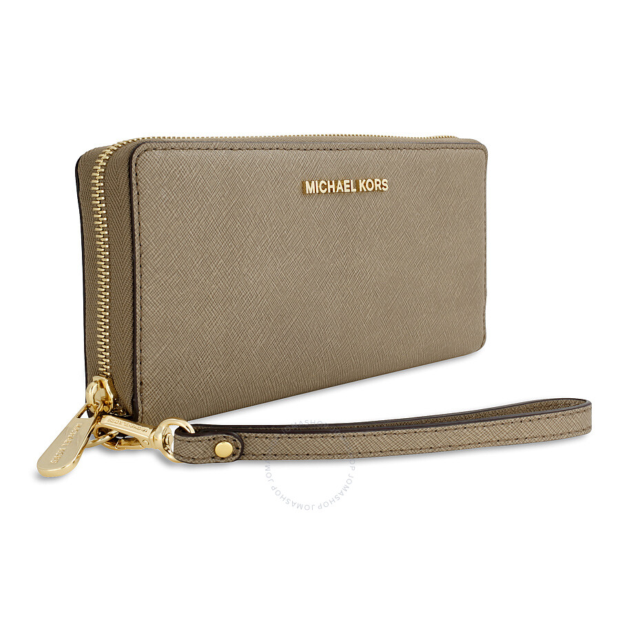 0d067f88db0525 ... Michael Kors Jet Set Travel Leather Continental Wallet - Dark Dune ...