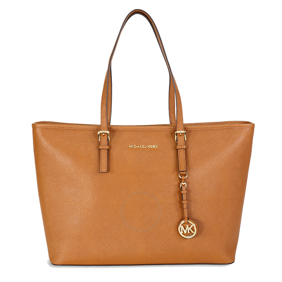theresaprasil commented on 8/21/ I have had my heart set on a Michael Kors purses but didn't want to spend a fortune or pay full price and low and behold I opened up my email from adoption-funds.ml and there was notification of a sale.