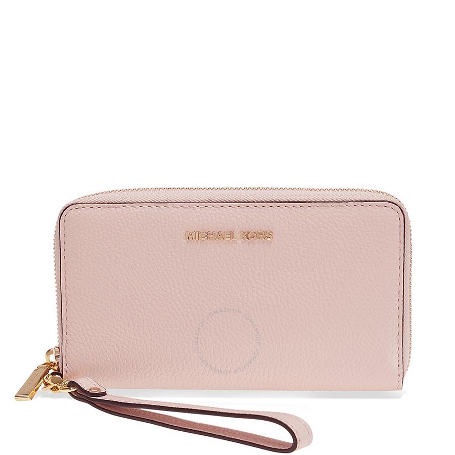 6481fa538537 Michael Kors Large Flat Mercer Wristlet- Soft Pink Item No. 32F6GM9E3L-187