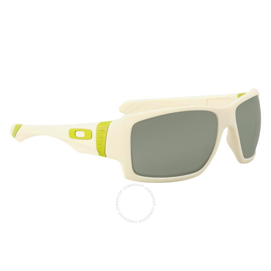 2fb2a487af ... Oakley Big Taco Dark Grey Men s Sunglasses OAK OO9173 917307 62 ...