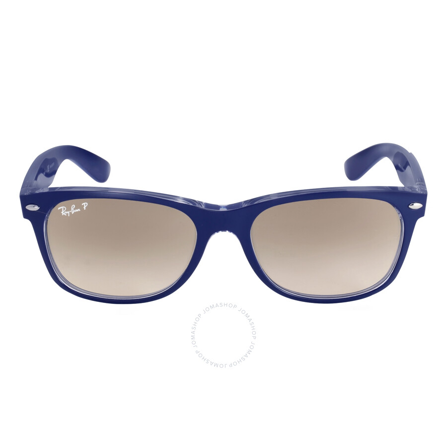 It was one year ago that Ray Ban released a pair of Mickey Mouse sunglasses that sold out within a few days (some locations sold out in hours). They were a huge success and being sold online for crazy prices on ebay. Well, back by popular demand, are the Mickey Mouse Ray Ban sunglasses but this time they have a new spin on a classic look!