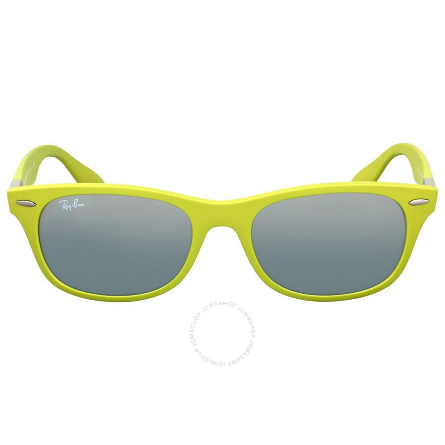 d5d24ccec2073 Ray Ban New Wayfarer Liteforce Green Sunglasses Item No. RB4207 609988 52