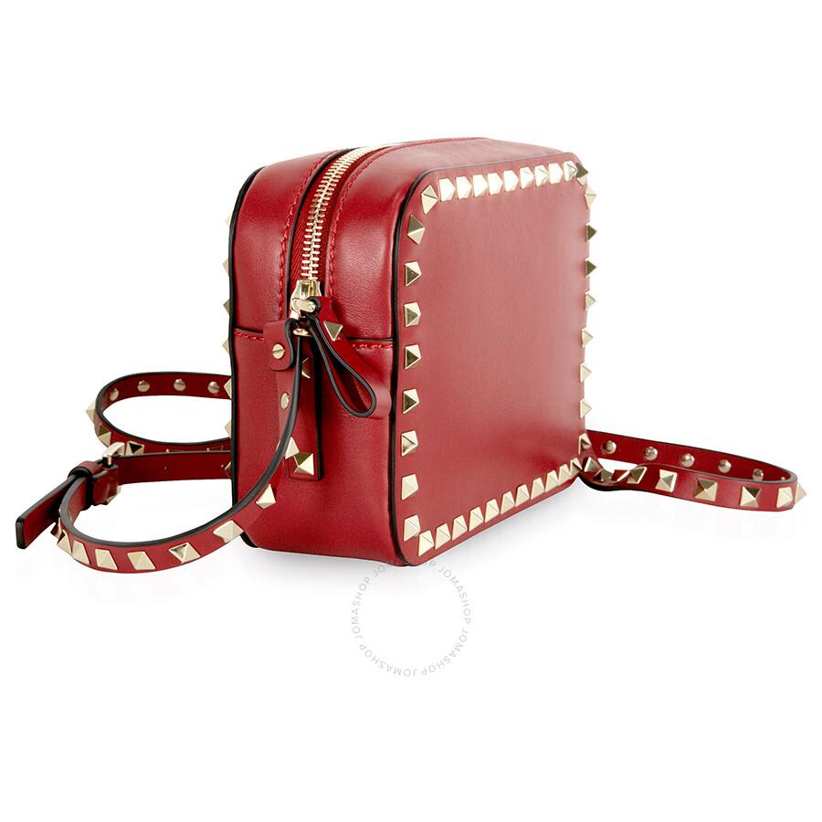 ... / Valentino / Valentino Rockstud Alce Leather Camera Bag - Rosso